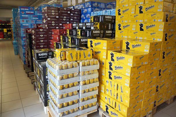 Tulli yrittää puuttua paremmin harmaaseen alkoholikauppaan.