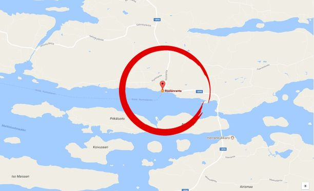 Ihmistä etsitään Naantalin Rymättylässä.