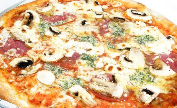 Italialainen ravintola toimittaa ilmaista pizzaa kerran kuussa koko loppuiän ajan kotinsa kaupanneelle perheelle.
