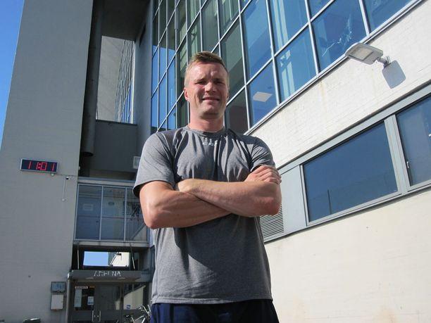 Tommi Santala, 39, tuo HIFK:hon johtajuutta ja kokemusta kansainvälisistä peleistä.