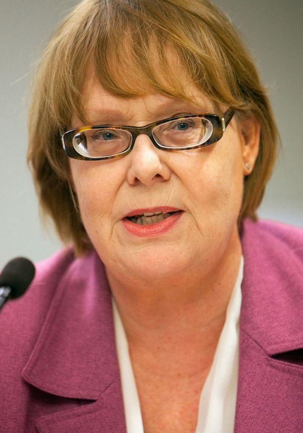 Annika Lapintie otti kantaa perussuomalaisten kansanedustaja Jussi Halla-ahon tuomioon.
