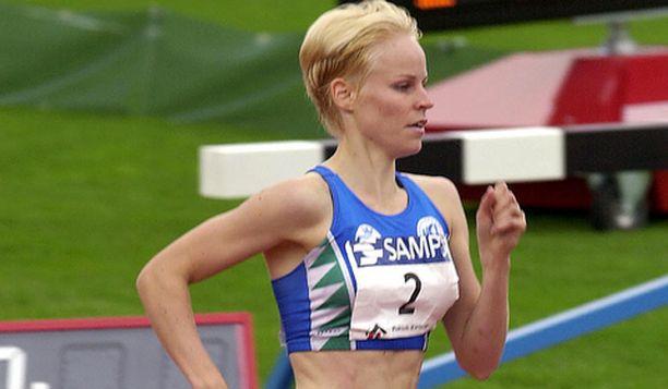 Johanna Lehtinen on kovassa iskussa heti alkukaudesta.