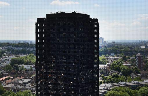 Lontoon tulipalo levisi nopeasti yläkerroksiin.