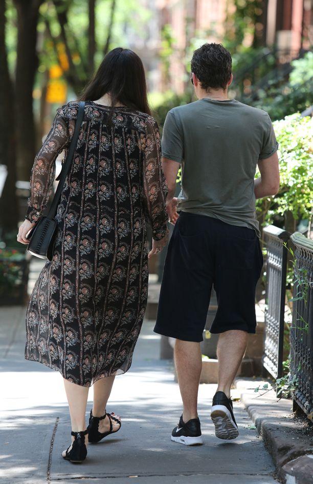 Tyler ja Gardner kuvattiin kävelemässä käsi kädessä.