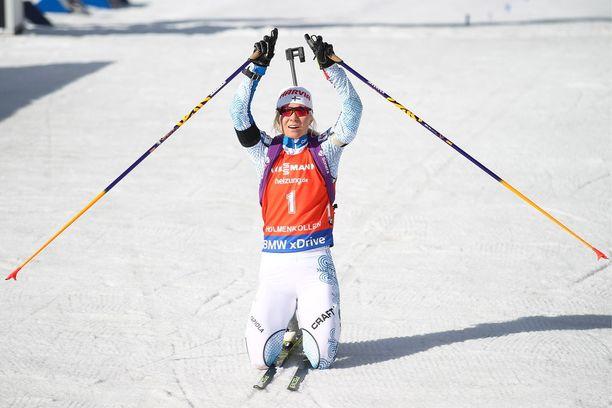 Mari Laukkanen omisti uransa toisen maailmancup-osakilpailuvoiton Asko Nuutisen muistolle.