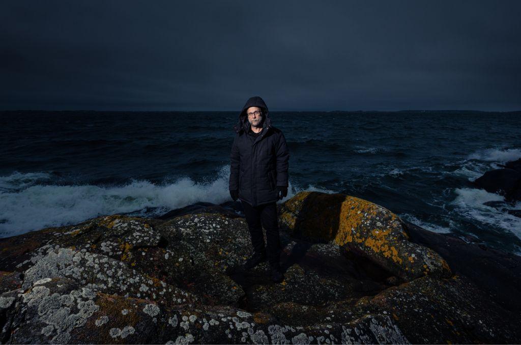 Tietokirjailija Risto Isomäki esittelee neljä koronaskenariota. Yksi niistä sysää toteen käydessään ihmiskunnan todella pahaan pulaan.