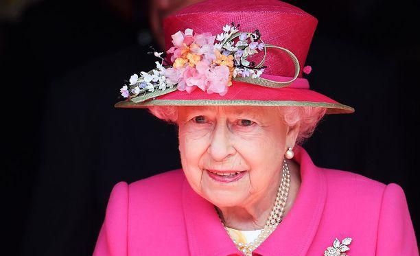 Kuningatar täyttää huomenna 90 vuotta.