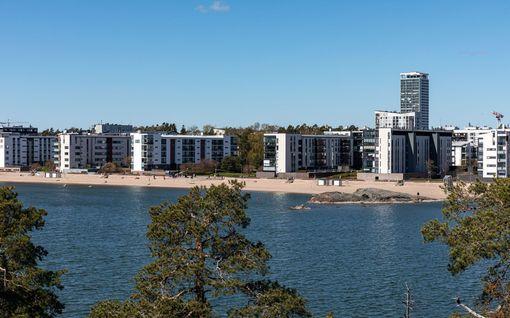 6 ihmistä evakuoitu uppoavasta veneestä Helsingin edustalla