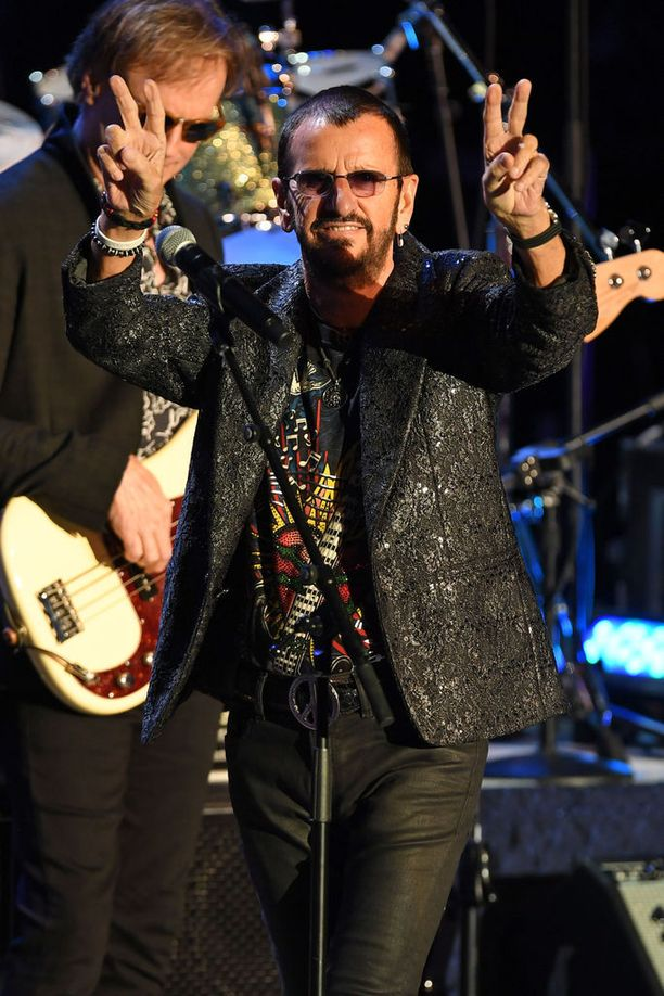 Ringo Starr muistetaan The Beatlesin rumpalina.