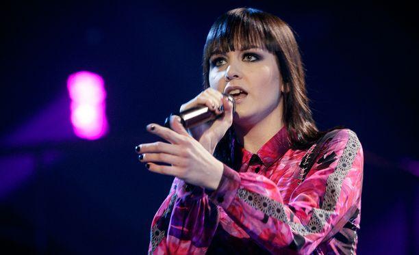 Anniina Timonen lauloi itsensä Idolsin voittoon edellisellä kaudella.