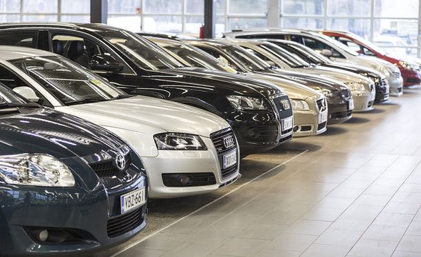 Saksalaiset premium-merkit hallitsevat käytettyjen autojen kauppaan erikoistuneen Kamuxin myyntilistoja.