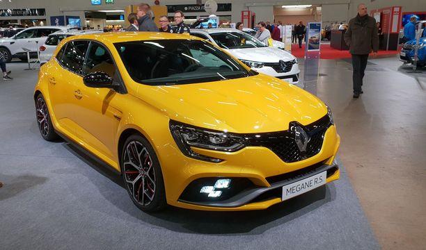 Renault Megane RS ei ole vielä rantautunut kauppoihin Suomessa, mutta näyttelyhalliin oli saatu maistiaiset.