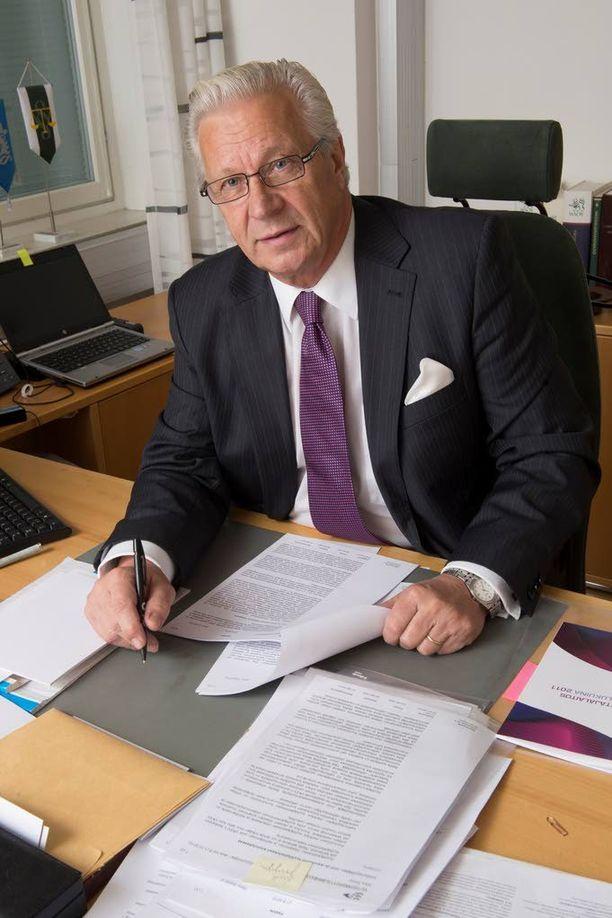 Apulaisvaltakunnansyyttäjä Jorma Kalske avasi hissivyyhdin esitutkinnan uudestaan loppukesästä 2014.