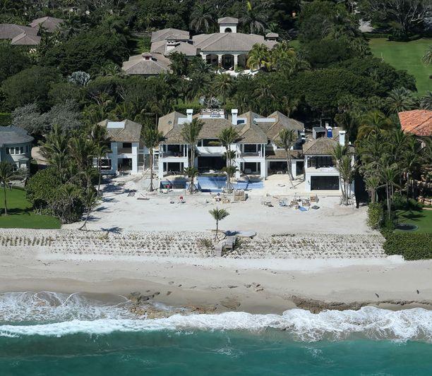 Elin Nordegren asuu näyttävässä merenrantatalossa Floridan North Palm Beachilla.