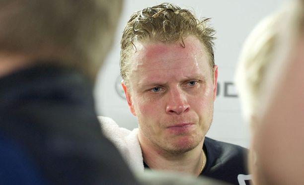 Lasse Kukkonen kertoi tuomarin laukoneen törkeää tekstiä.