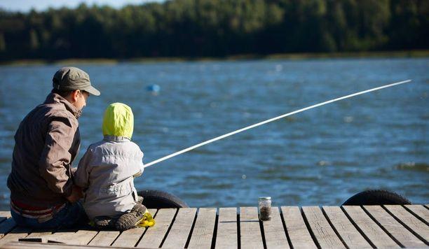 Kalastus on kivaa, mutta siinä myös vaanii kesävamman riski.