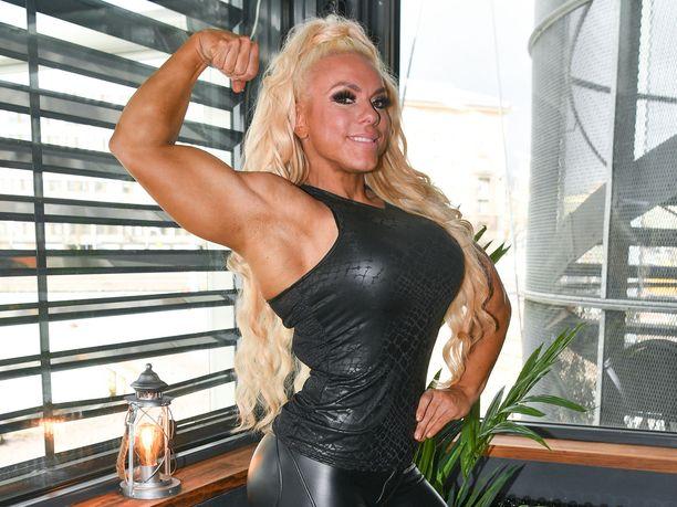 Minna Pajulahti on tuttu näky myös Gladiaattorit-tv-sarjasta.