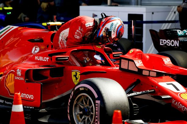 Kimi Räikkönen ei saanut SF71H-autoaan kulkemaan vielä toivotulla tavalla.