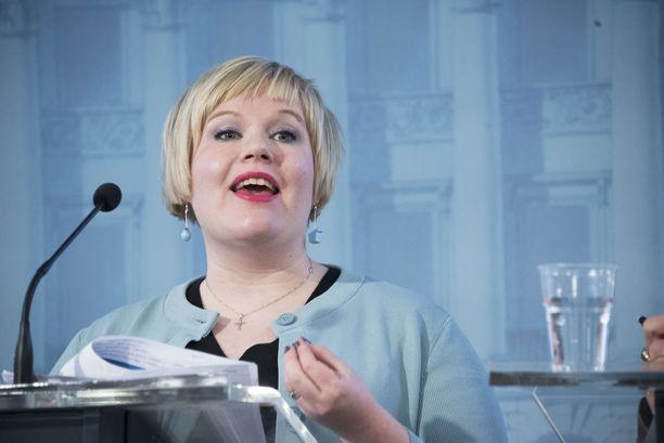 Perhe- ja peruspalveluministeri Annika Saarikko (kesk) totesi, että kauhuskenaariot voivat toteutua, mikäli sote-uudistus ei etene valmistelussa