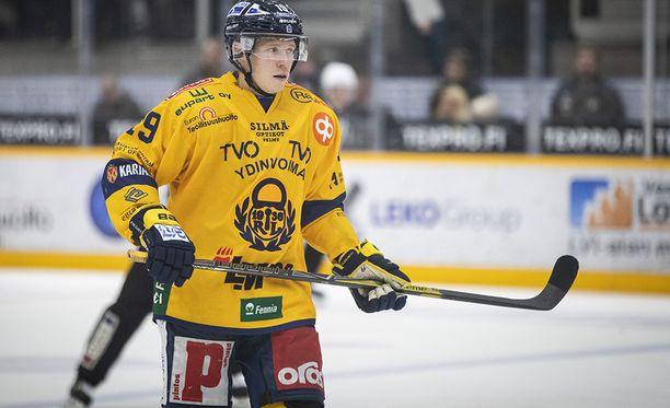 Janne Keränen on kahdella tappiolla kauden avanneen Lukon paras pistemies tehoillaan 2+1=3.