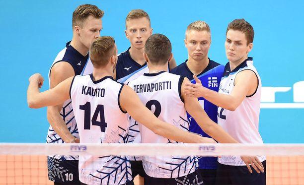 Suomen lentopallomiesten MM-urakka jatkuu vielä ainakin ensi viikonloppuna.