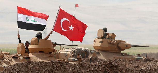 Turkki ja Irak aloittivat yhteiset sotaharjoitukset maiden rajalla vastalauseena Irakin Kurdistanin itsenäisyyskansanäänestykselle.