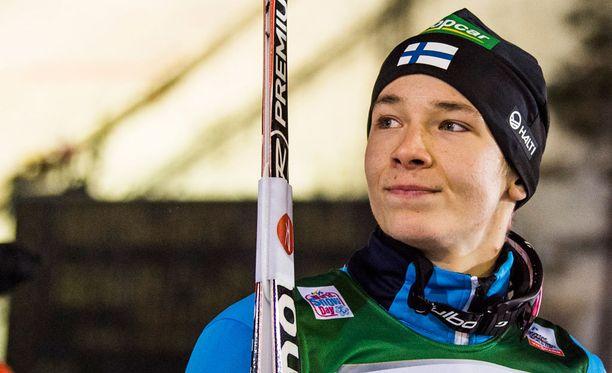 Eero Hirvonen putosi hiihto-osuudella neljä sijaa.