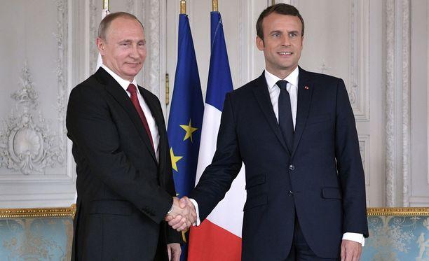 Macron ja Putin tapasivat tänään Versailles'ssa.
