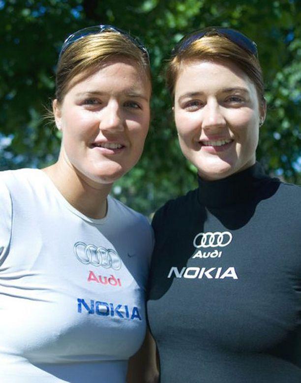 Emilia ja Erika Nyström jäivät karsintoihin Puolassa.