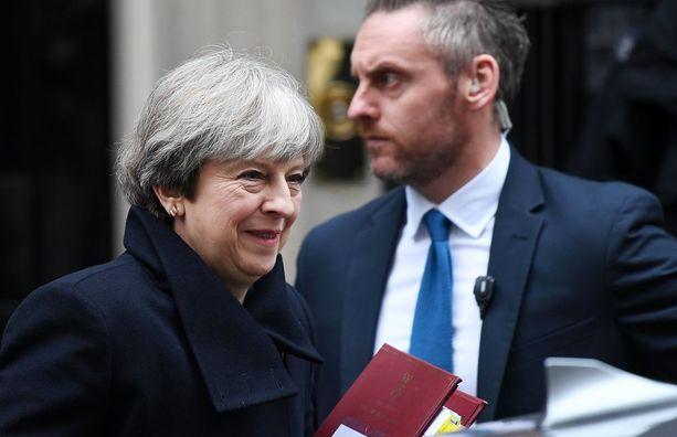 Theresa May on Brysselissä neuvottelemassa Brexitistä.