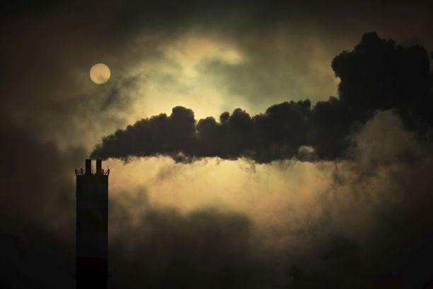 Kivihiili on yksi maapallon suurimmista saastuttajista. Nyt Suomen valtion energiayhtiö Fortum haluaa ostaa saksalaisen yhtiön, jonka energiantuotannosta lähes 83 prosenttia tapahtuu kivihiilellä ja maakaasulla.