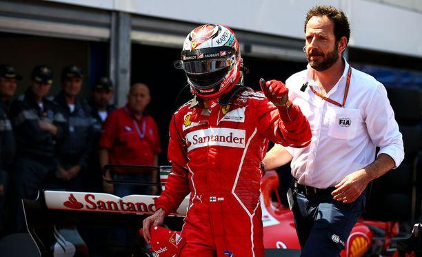 KImi Räikkönen lupaa käyttää hyväkseen kisan parhaan lähtöpaikan.