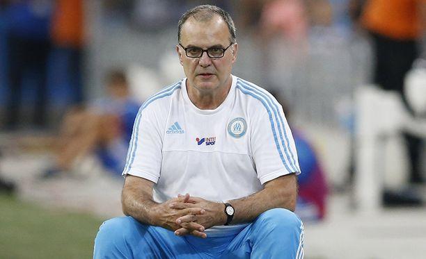 Marcelo Bielsa on hyllytetty väliaikaisesti Lillen päävalmentajan pestistään.