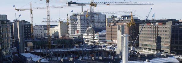 Myös Kampin rakennustyömaalla Helsingin keskustassa käytettiin pimeää työvoimaa.