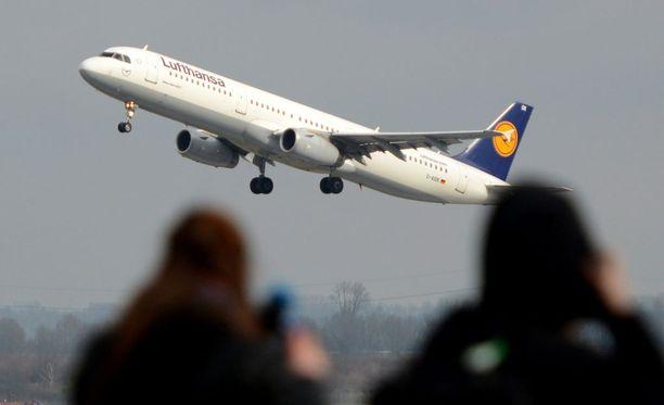 Airbus A320:n maahansyöksyssä kuoli 150 ihmistä.