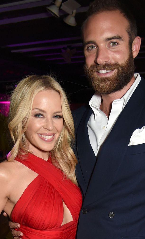 Minogue ja Sasse seurustelivat puolisentoista vuotta.