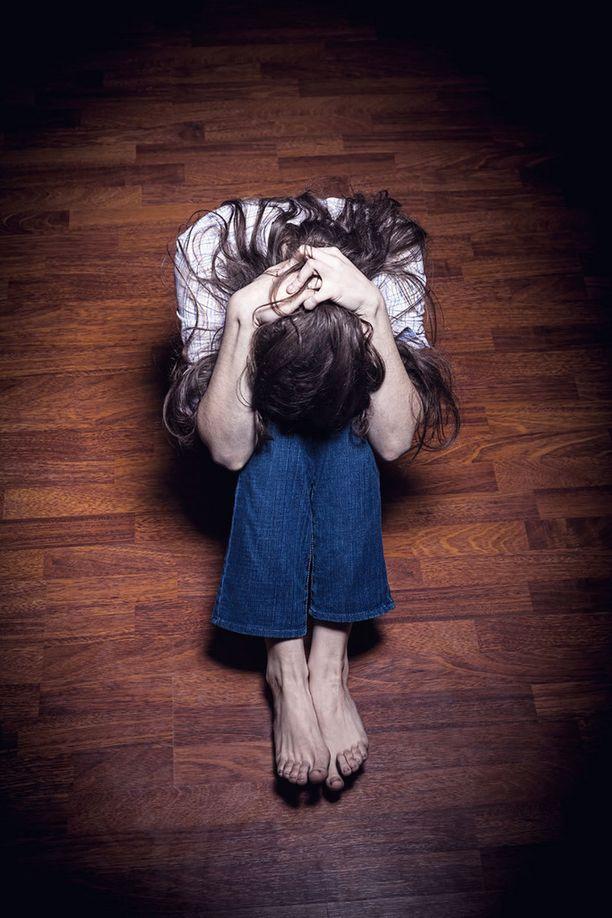 Kun itsetunto ja itsearvostus putoavat, vaikuttaa se haitallisesti jaksamiseen ja mielenterveyteen.