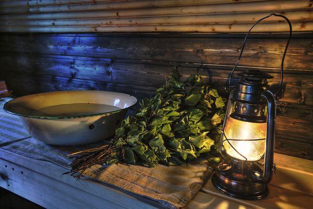 Sauna on aina elämys. Kuusamossa saunomisesta voi nauttia monella tavalla.