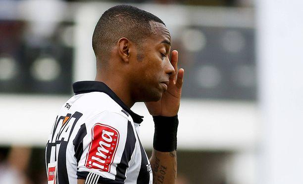 Jalkapalloilija Robinho todettiin syylliseksi joukkoraiskaukseen.
