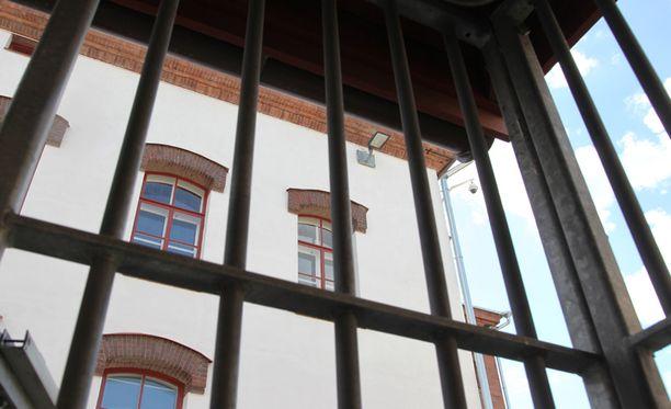 Suomalaisvangit karkaavat Euroopan tasolla eniten sekä suljetuista että avovankiloista.