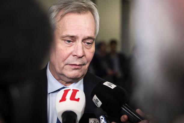 SDP:n puoluehallitus haluaa eronneesta pääministeri Antti Rinteestä hallitustunnustelijan.