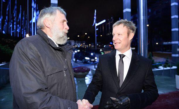 Mikko Ilonen (oikealla) juhlii tänään 35-vuotissyntymäpäiväänsä.