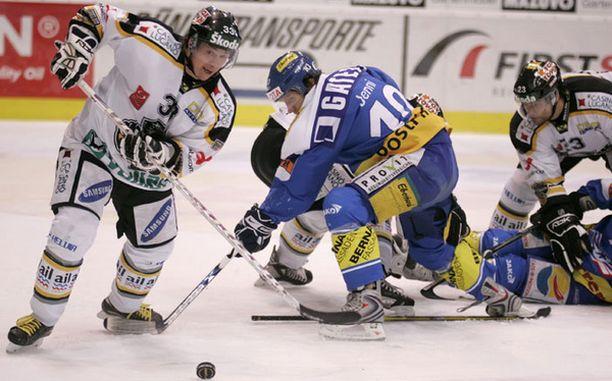 Takareisivammasta kärsivä Petteri Nummelin toivoo pystyvänsä palaamaan Luganon harjoituksiin ja pelivahvuuteen mahdollisimman nopeasti.