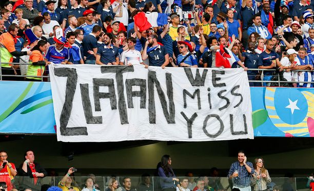 Zlatan, me kaipaamme sinua, ranskalaisfanit viestittivät Honduras-ottelun aikana.
