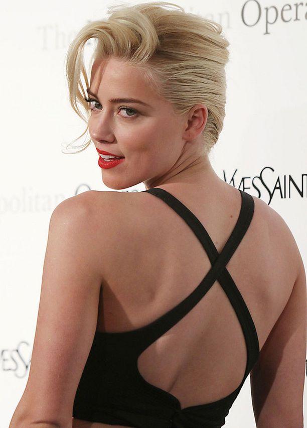 Amber Heard oli nuorena sekä tyttömäinen että autohullu.