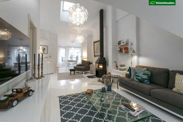 Ullakkohuoneisto Ullanlinnassa oli tammikuun viidenneksi katsotuin kohde. 73 neliön asunnolla on hintaa 749 000 euroa.