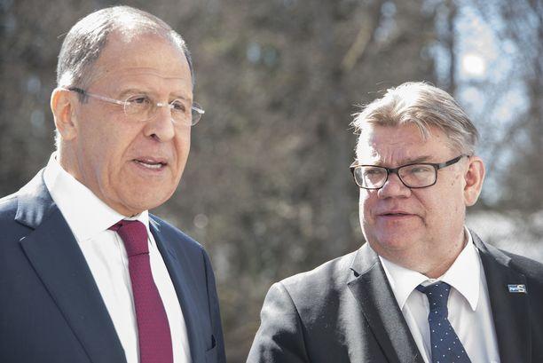 Sergei Lavrov (vas.) ja Timo Soini keskustelivat Haikon kartanossa kansainvälisistä ja kahdenvälisistä suhteista.
