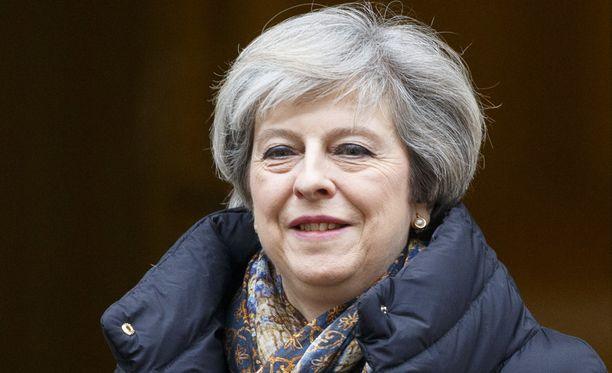 Britannian EU-ero etenee aikataulun mukaan. Theresa May aikoo ilmoittaa asiasta virallisesti maaliskuun lopussa.