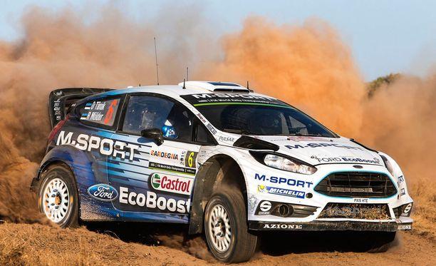 M-Sportin Ford on Ott Tänakin käsissä kilpailukykyinen varsinaisten tehdastallien autojakin vastaan.