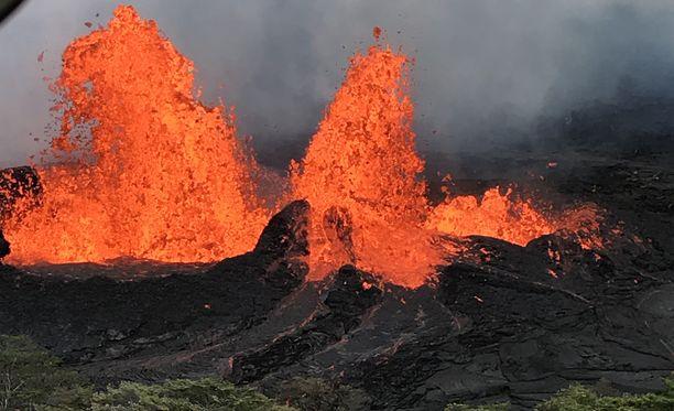 Kilauea-tulivuoren purkaus voimistuu Havaijilla.